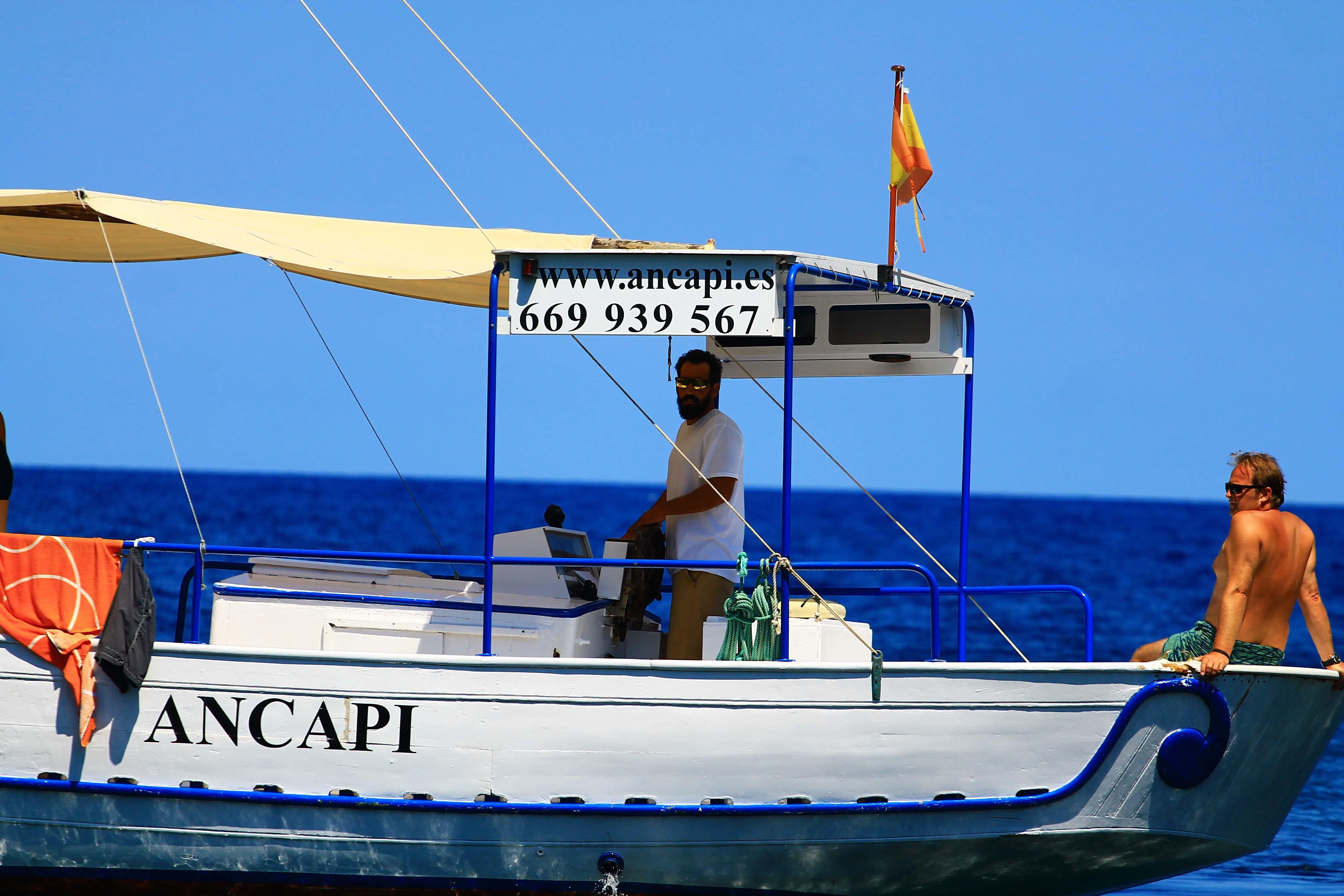 barca con capitan